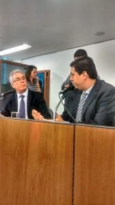 Deputado Tito Torres parabeniza a Comissão pela luta pelos direitos dos professores do Estado.