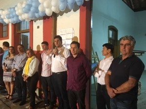 Acompanhado do prefeito Marcílio, Tito Torres participa da inauguração do Centro Cultural do município.