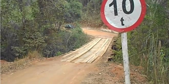Antiga ponte da Roncadeira que foi desativada em 2014