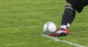 football-452569_960_720