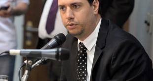 Comissão de Fiscalização Financeira e Orçamentária - analisa proposições da comissão