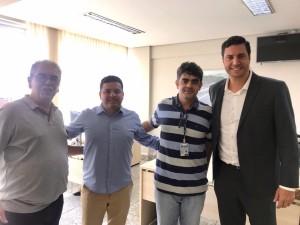 Sérgio Garcia (coordenador de engenharia do Dnit), Fabrício Lopes, Danilo Rezende (superintende do DNIT em Minas) e Tito Torres