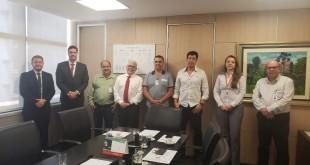 0210_reunião na Codemge com prefeito e empresários de Rodeiro