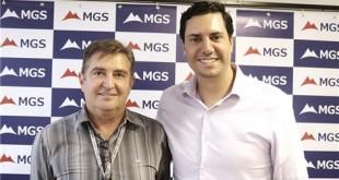 Deputado com o diretor-presidente da MGS, Gilmar Carrara